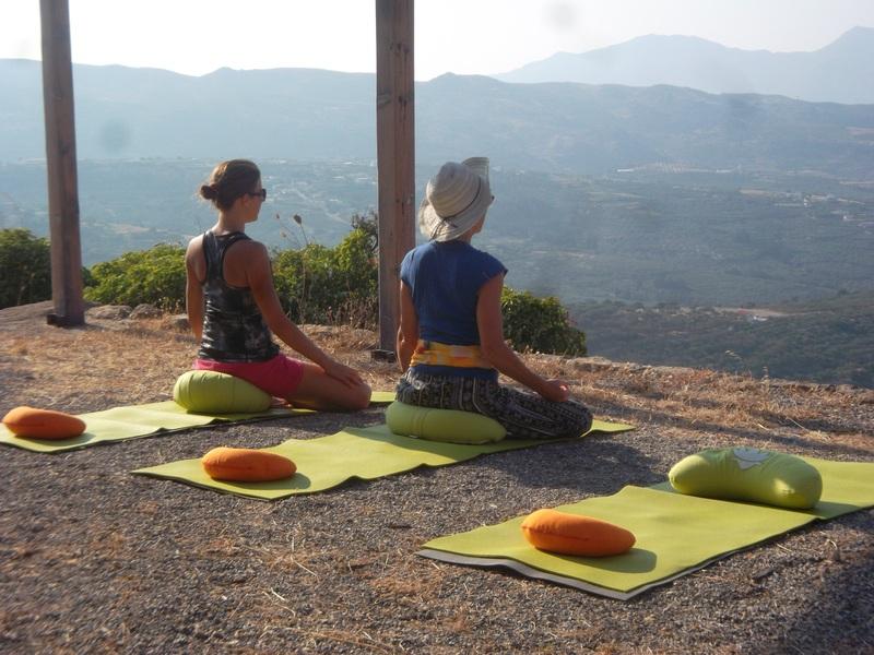 Mini Kühlschrank Mit Yoga : Yoga und reisen yoga urlaub nah und fern ayurveda kuren