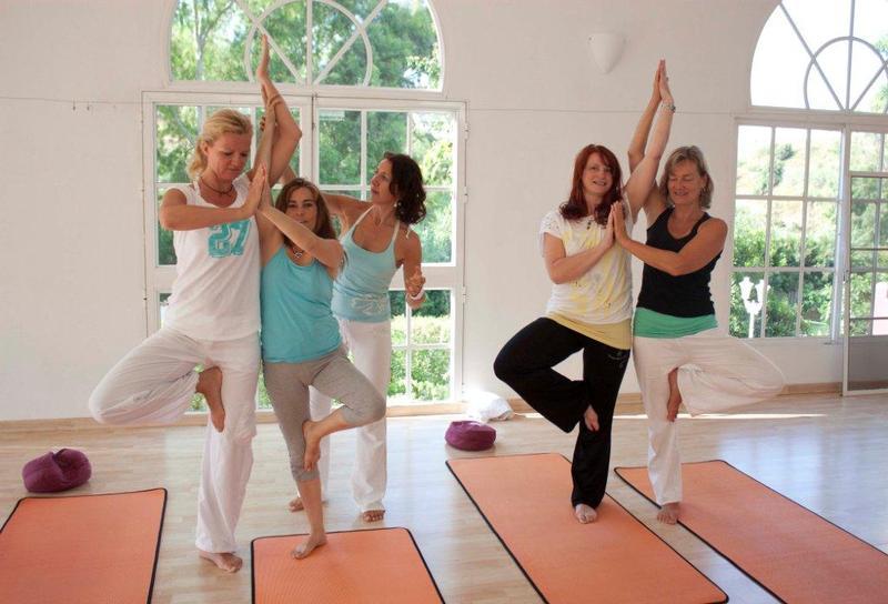 Yoga und Tanzen in Andalusien/ CASA EL MORISCO - Yoga und Reisen